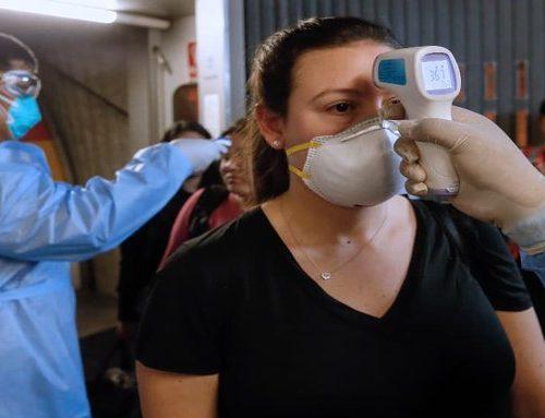 Viajeros que lleguen a Perú deberán presentar cartilla de vacunación
