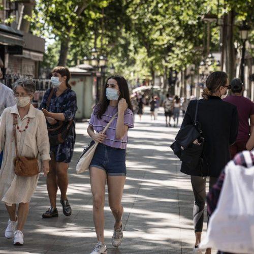 Cataluña: Justicia anula toque de queda en Barcelona pero lo mantiene en 19 municipios
