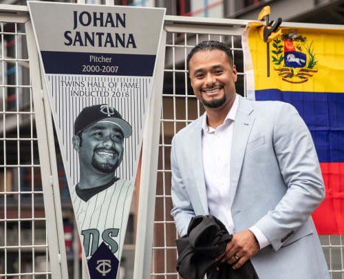 Johan Santana recauda donativos en EEUU para víctimas de Mérida