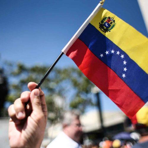 Día de La Bandera: Hace 215 años ondeó por primera vez el tricolor nacional