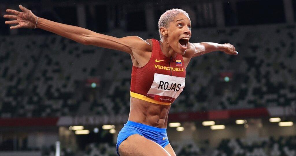 Postulan por segundo año consecutivo a Yulimar Rojas a Atleta del Año