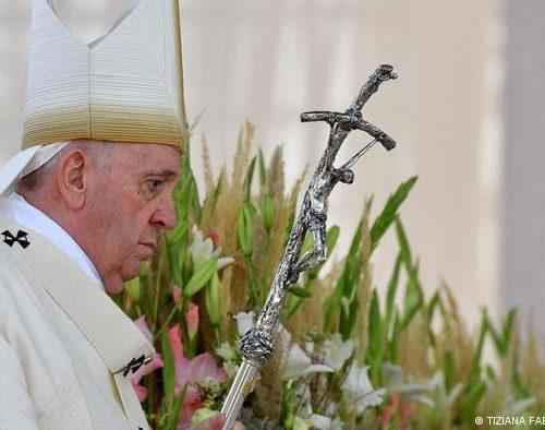 """El papa Francisco pidió a la iglesia """"reconocer y pedir perdón por sus errores"""""""