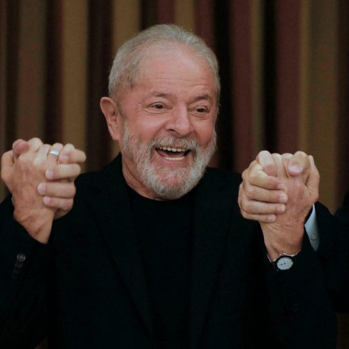 Brasil: Lula aumentó ventaja en las encuestas para la elección presidencial