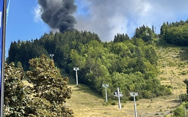 Helicóptero de Seguridad Civil de Francia se estrelló con 5 personas a bordo