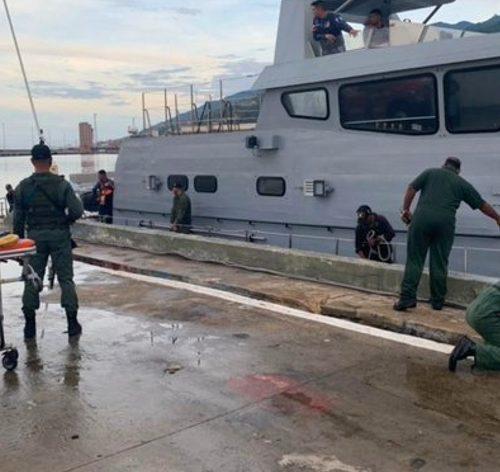 Autoridades continúan la búsqueda de los desaparecidos durante naufragio en La Tortuga