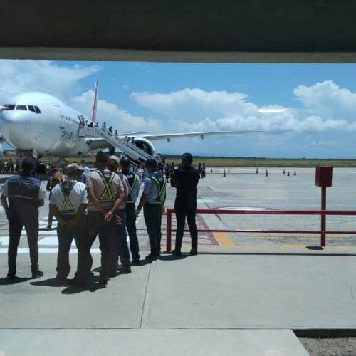 Arribó al país cuarto avión de turistas rusos con destino a Margarita