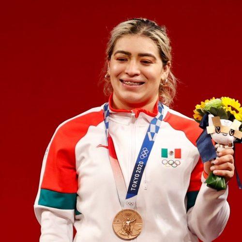 """Medallista mexicana acusa al gobierno de Baja California de entregar """"un cheque sin fondos"""""""