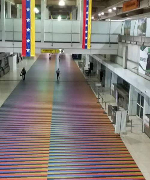 La Guaira: Aeropuerto de Maiquetía aceptará criptomonedas para la compra de boletos aéreos