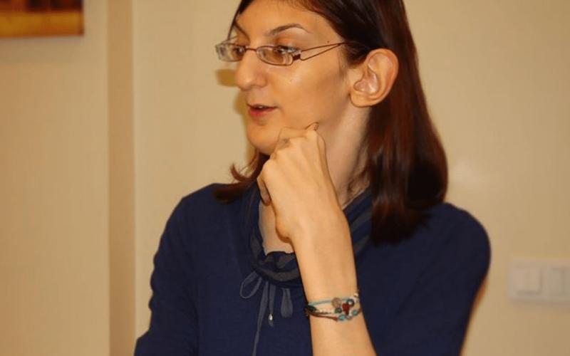Síndrome de Weaver: Condición que afecta a la mujer más alta del mundo