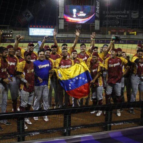 Nicolás Maduro recibe a los beisbolistas Campeones del Copa Mundial de Béisbol Sub-23