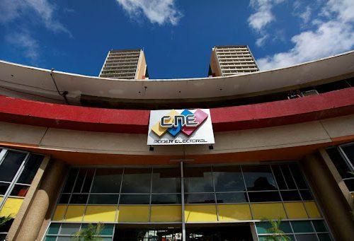 CNE: Partidos políticos deberán consignar sus libros contables de campaña