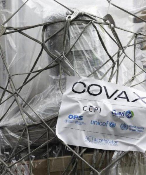 Organización Panamericana de la Salud crítica a Covax por los retrasos en la entrega de vacunas